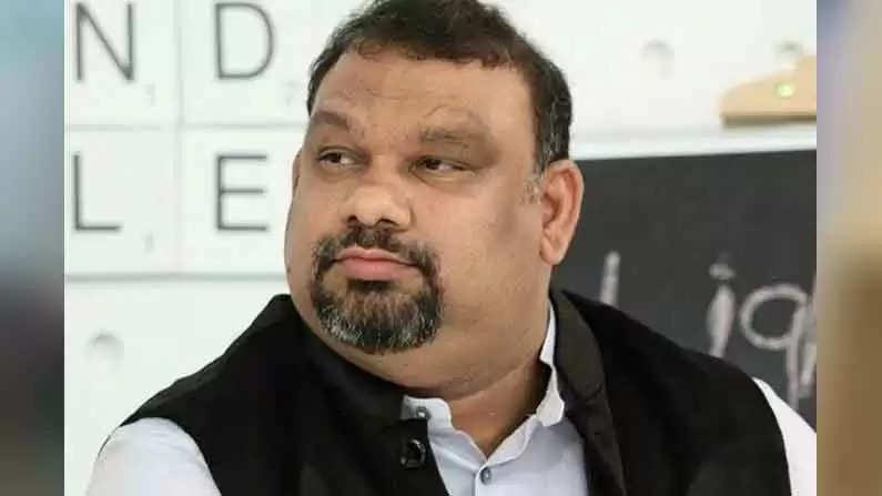 கத்தி மகேஷ்