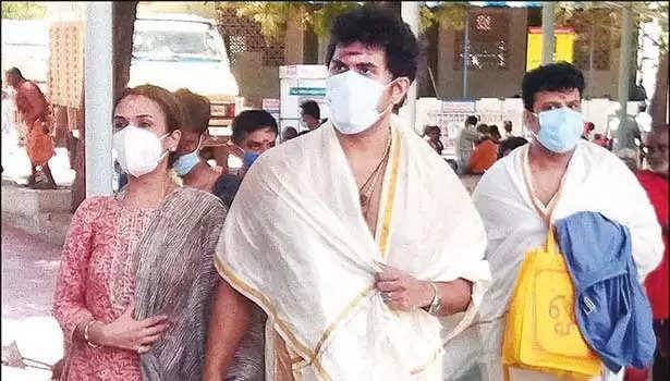சவுந்தர்யா ரஜினிகாந்த் மற்றும் விசாகன்