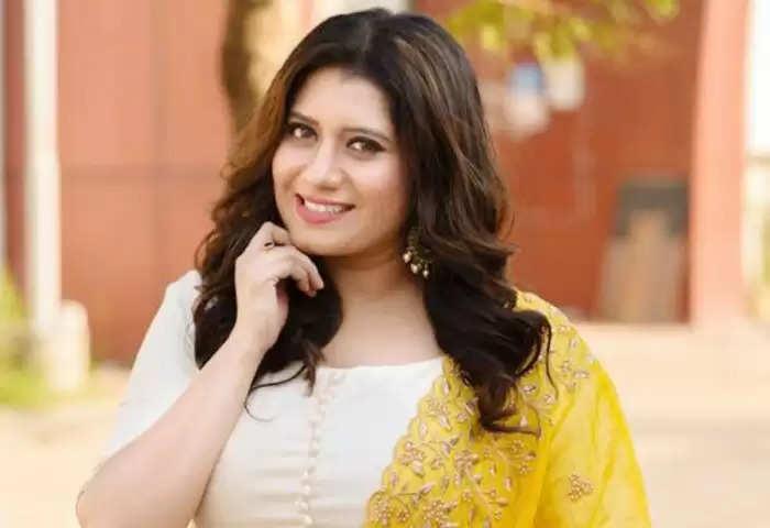 ப்ரியங்கா தேஷ்பாண்டே