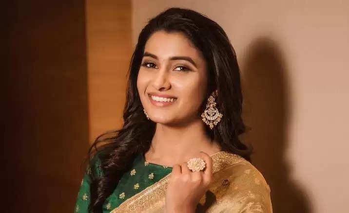 ப்ரியா பவானி சங்கர், திரைப்பட நடிகை