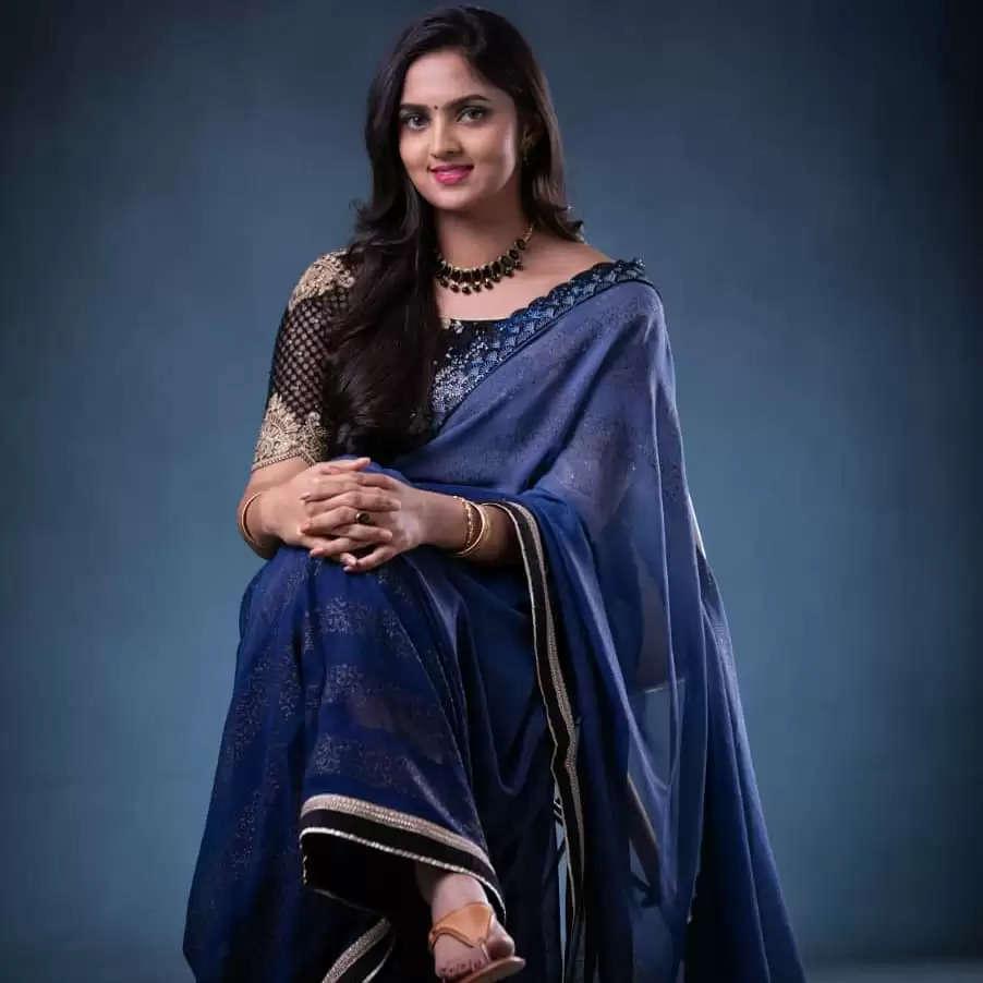 பூவே உனக்காக சீரியல் நடிகை ராதிகா